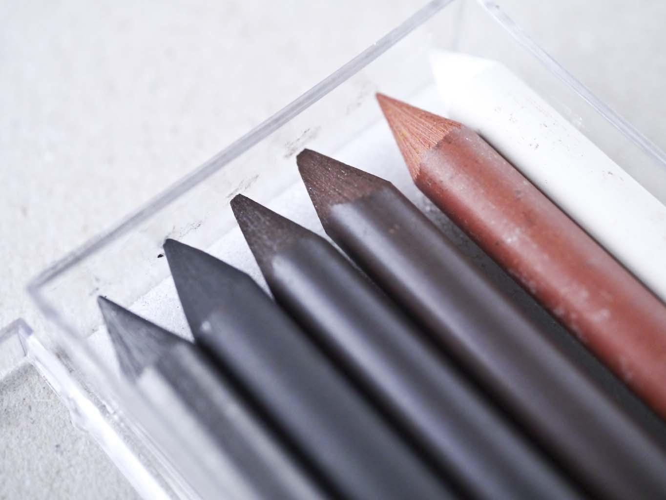 Sæt med 6 forskellige Cretacolor miner